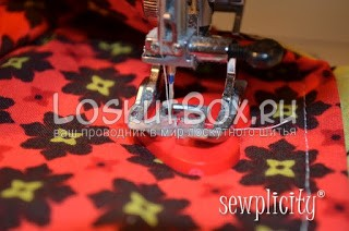 Пришивание пуговицы при помощи швейной машинки