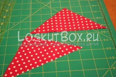два треуголника из красной ткани коврик для резки
