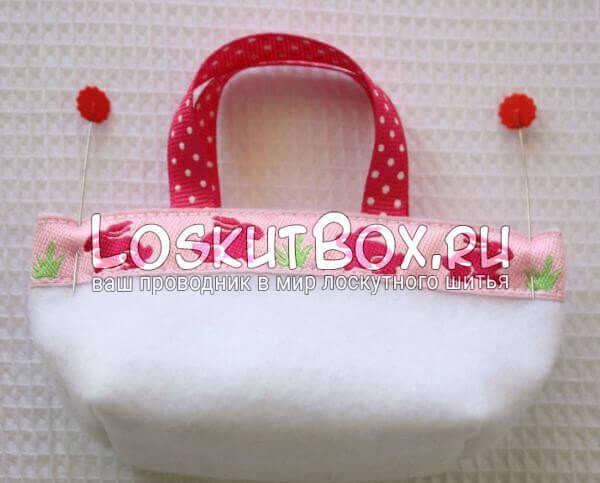 Сшивание пасхальной корзинки в стиле пэчворк с двух сторон по бокам