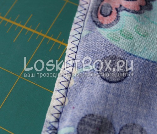 Сшивание и обработка бокового края юбки