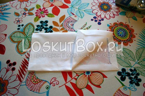 ткань на рабочем столе сгиб